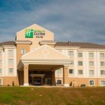Photo de Holiday Inn Express & Suites Morrilton