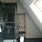 Ensuite for double room