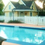 pool and seperate cottage rental