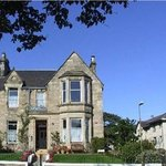 A Warm Welcome to Straven Bed and Breakfast Edinburgh