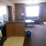 Ramada Airdrie Hotel and Suites resmi