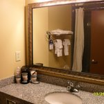Photo de BEST WESTERN Motorsports Inn & Suites