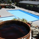 Cedar Hot Tub and Mineral Pool