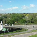 Photo de Premier Inn Watford - Croxley Green