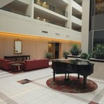 Embassy Suites Philadelphia-Valley Forge resmi