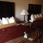 Best Western Plus Northwoods Inn resmi