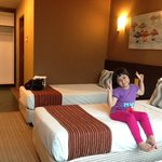 My daughter is happy staying here (room 516)