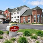 Settle Inn & Suites Appleton