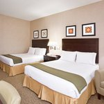Foto van Holiday Inn Express & Suites Cleveland - Streetsbro