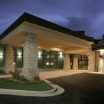 Photo of Crowne Plaza Milwaukee Airport