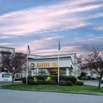 Photo de BEST WESTERN PLUS Edmonds Harbor Inn