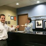 Hampton Inn & Suites Flowery Branch resmi