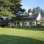 Foto de Cedar Garden Bed & Breakfast