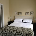 Cloisters Bed & Breakfast resmi