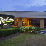 Exterior - Welcome to the Radisson