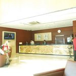 Photo de Howard Johnson Hotel - Bur Dubai