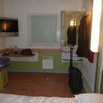 Photo of ibis budget Paris Porte de Montmartre