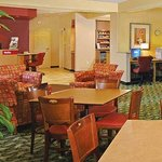 TownePlace Suites Suffolk Chesapeake照片