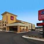 Photo of Comfort Suites Salem