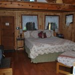 Photo de Sunset Inn Yosemite Vacation Cabins