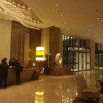 Photo de Renaissance Tianjin Lakeview Hotel