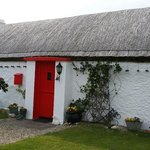 Traditional Irish Cottage on way to Malin Head