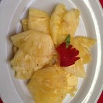 Fruit plate, all pineapple