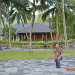 The Santosa Villas & Resort resmi