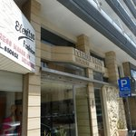 Petrou Bros Hotel Apartments resmi