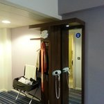 صورة فوتوغرافية لـ ‪Holiday Inn Express Belfast City Queens Quarter‬