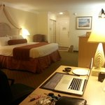 Photo de BEST WESTERN Harbour Inn & Suites