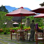The Hills Bukittinggi Hotel & Convention resmi
