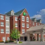 Photo of Holiday Inn Express Hotel & Suites St. Louis West-O'Fallon