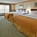 Photo de Holiday Inn Express Hotel & Suites St. Louis West-O'Fallon