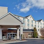 Photo of Holiday Inn Express Chapel Hill