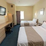 Photo de Travelodge Inn and Suites Grovetown Augusta Area