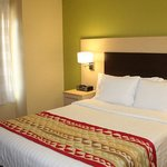 Foto de TownePlace Suites by Marriott Broken Arrow
