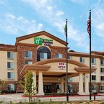 Photo of Holiday Inn Express Hotel & Suites Fresno Northwest-Herndon