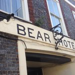 Foto van The Bear Hotel