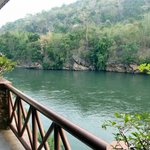 Photo de River Kwai Bridge Resort