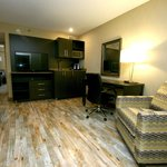 Lakeview Inns & Suites