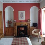 Rossmount Guest House re