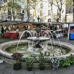Place Monge market near by