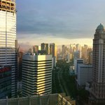 Photo de Marriott Executive Apartments - The Mayflower Jakarta