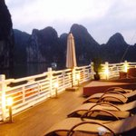 Romantic overnight at 5 star luxury Âu Co Cruise at Halong Bay