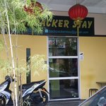 Backpacker's stay, jalan carpenter