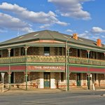 Imperial Fine Accommodation, heritage listed and renovated to a high standard