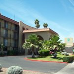 Φωτογραφία: Embassy Suites Phoenix Airport at 24th Street