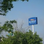 Baymont Inn & Suites Sign....