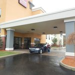 Comfort Suites South resmi